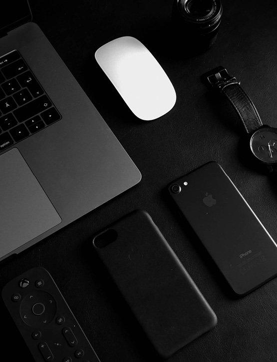 Neuner-Werbemittel-Technische-Produkte-USB-Stick-Handy-Zubehoer-Kopfhoerer
